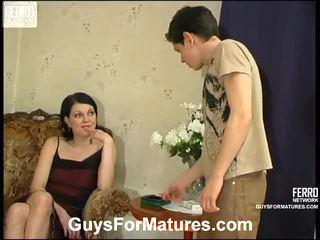 Flora a timothy skvostné mama onto video