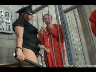 Katja kassin takes 上 two cocks 在 一旦 和 enjoys 它