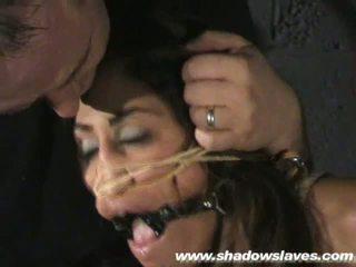 Sahara knite humiliating πρόσωπο δέσιμο και spanked