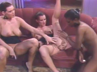 lésbicas mais, fresco babes, quente ménage à trois você