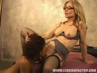 siyah abanoz görmek, lezbiyen kalite, mastürbasyon