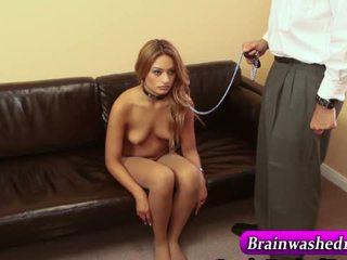 Ipnotizzato tranced giovanissima su leash