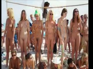 Hot Pool Party Girls