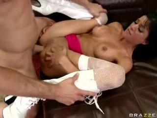 Sizzling playgirl haley wilde е having шега getting hammered на това chabr inviting дупе