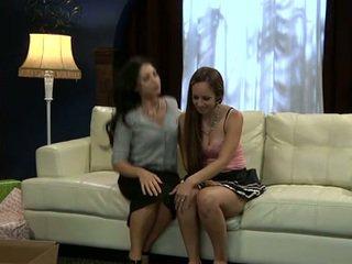 Đồng tính nữ sofia cruz và joey ambrosiano