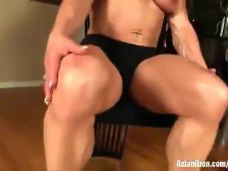 Buff reif female bodybuilder wanda moore