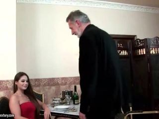 Cathy heaven enjoys sex cu vechi om