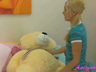 teen sex, Iň beti young great, rated blondes