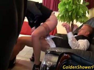 Piss; 怪异 金色的 淋浴 piss 行动