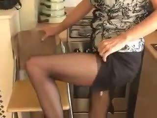 érlelődik, maszturbáció, harisnya
