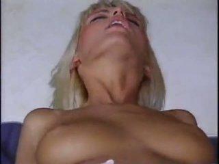 Anita блондин