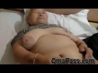 Foarte vechi gras japanes bunicuta futand așa greu cu unul om video