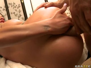Real Large Love Melons Babe Isis Monroe In Unfathomable And Hardcore Anal Fuck