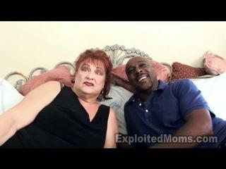 Stará mama gets vulva pounded podľa veľký tmavé thang