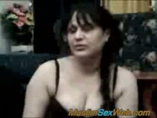 Arab syrian سيدة مارس الجنس