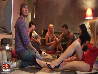 Mischen von kino aus student sex parties