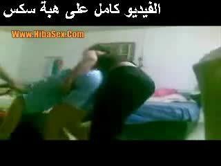 热 女孩 在 egypte 视频