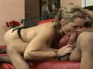 Kelly Leigh Drains 10 Pobelow Dry Of Cum After A BlistEring Rod Ride