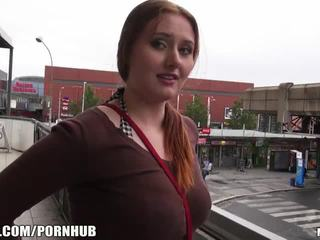 Mofos - red hair, big süýji emjekler