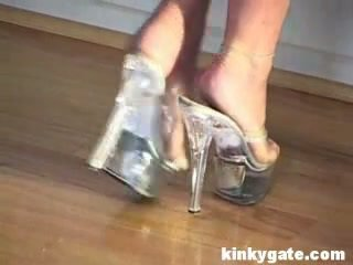 ideal blondes check, online cuckold hq, new housewives check