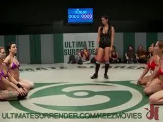 Echipă tag pizda lupte