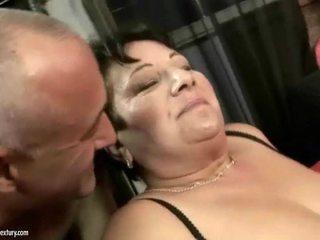 Tučné stará mama enjoys nemravné ťažký sex