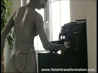 Robot chick is the perfect maid