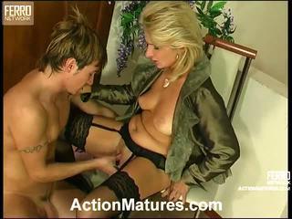 Agatha rolf nezbedný maminka v akce
