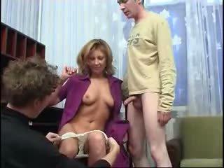 বড় tits, গ্যাং bang, moms এবং ছেলেরা