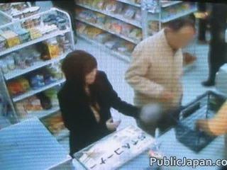 Asiaten having sex im bett im youtube im videos