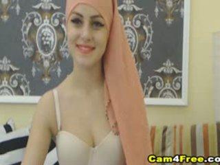 私の 美しい muslim 隣人 strokes 彼女の おもちゃ