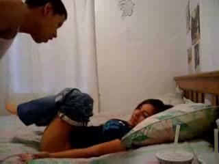 Sister recording henne bror trying til gjøre ham sæd