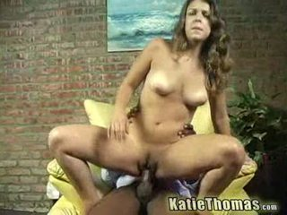 Katie gets slammed par une noir guy