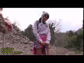 かわいい ティーン アウトドア climbging goupsex 輪姦