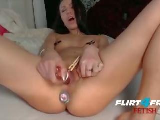 物神 hottie millana shows 离 她的 肛交 玩 skills