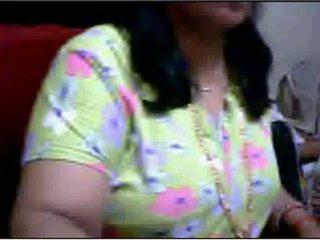 Bihari aunty boob trykk