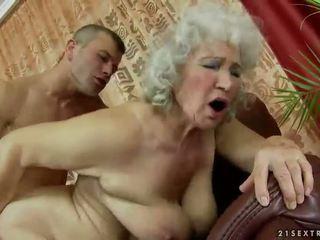γιαγιά, γιαγιά, moms και αγόρια, τριχωτός