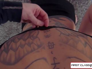 Anna Bell Peaks is Fucked by a Huge Cock in POV Style