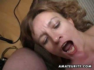 Amatur milf gets beliau pantat/ punggung dan faraj toyed dan air mani
