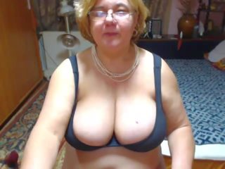 Mature with Fat Tits: Mature Tits Porn Video 18