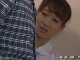חמוד סיני אחות gives a bj ב a restroom