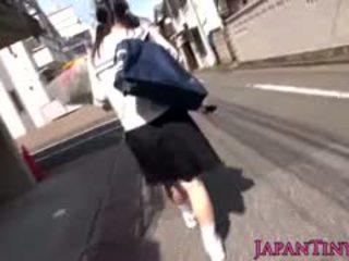 japonec, veľké prsia, prstoklad, teen