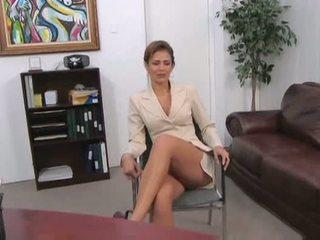 10 nice, fresh boss most, great secretary most