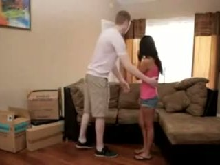 Step-mom teaches σεξ lessons να αυτήν γιός