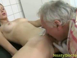 brunette, vieux + jeune, fétiche, hardcore