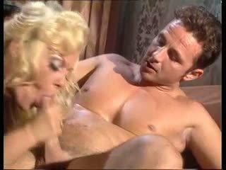 pinakamabuti blondes sa turing, puno big boobs, babes anumang