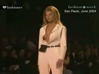 Nūdists porno