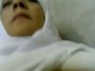 hawt muslim aunty fucked by doctor