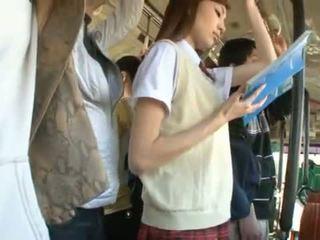 Kaori maeda has her gyzykly uly am pie fingered in a jemagat öňünde awtobus
