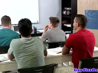 Jet de sperma loving invatatoare dominated în clasă
